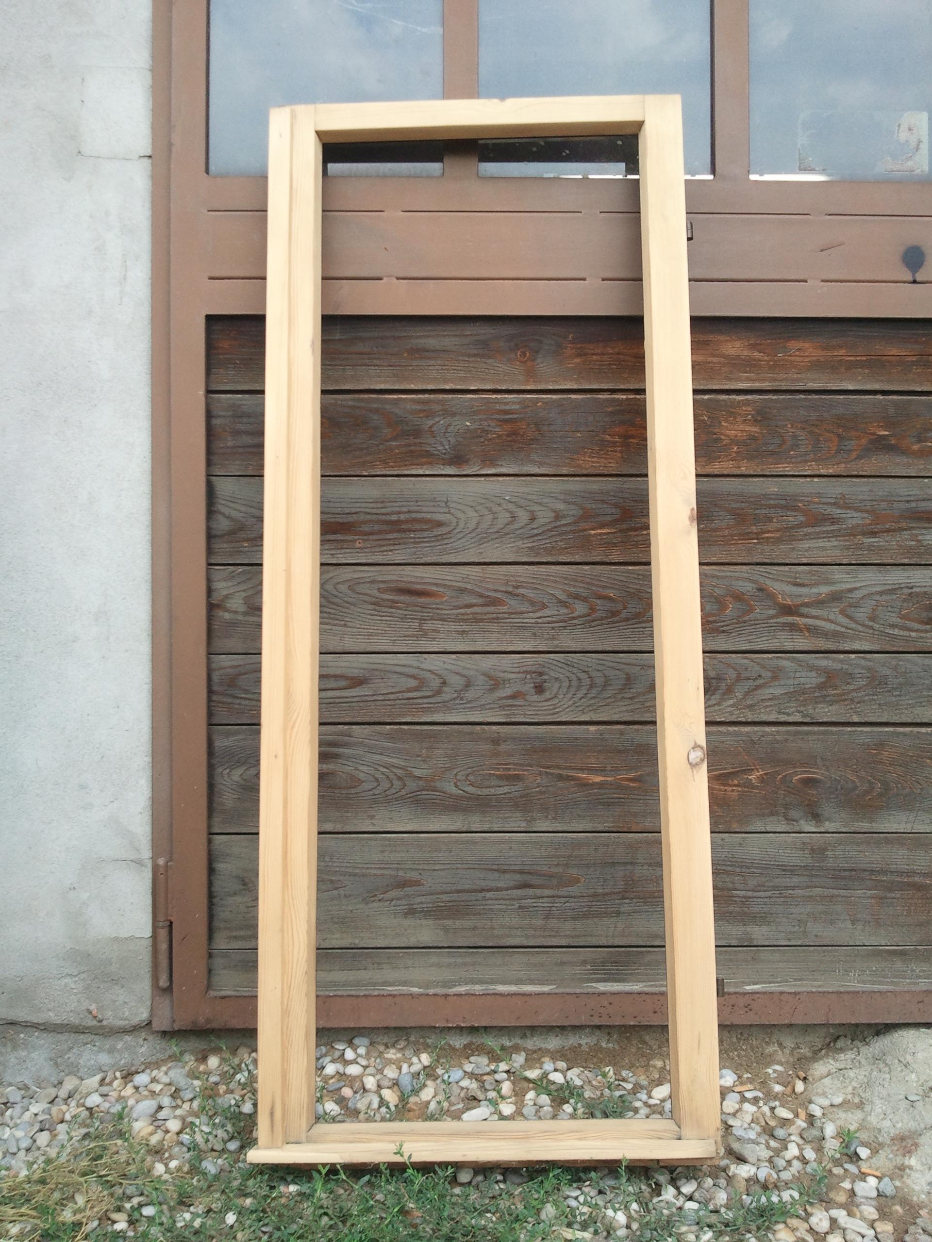 Ii telaio finestra appena sverniciato e carteggiato l - Telaio finestra legno ...